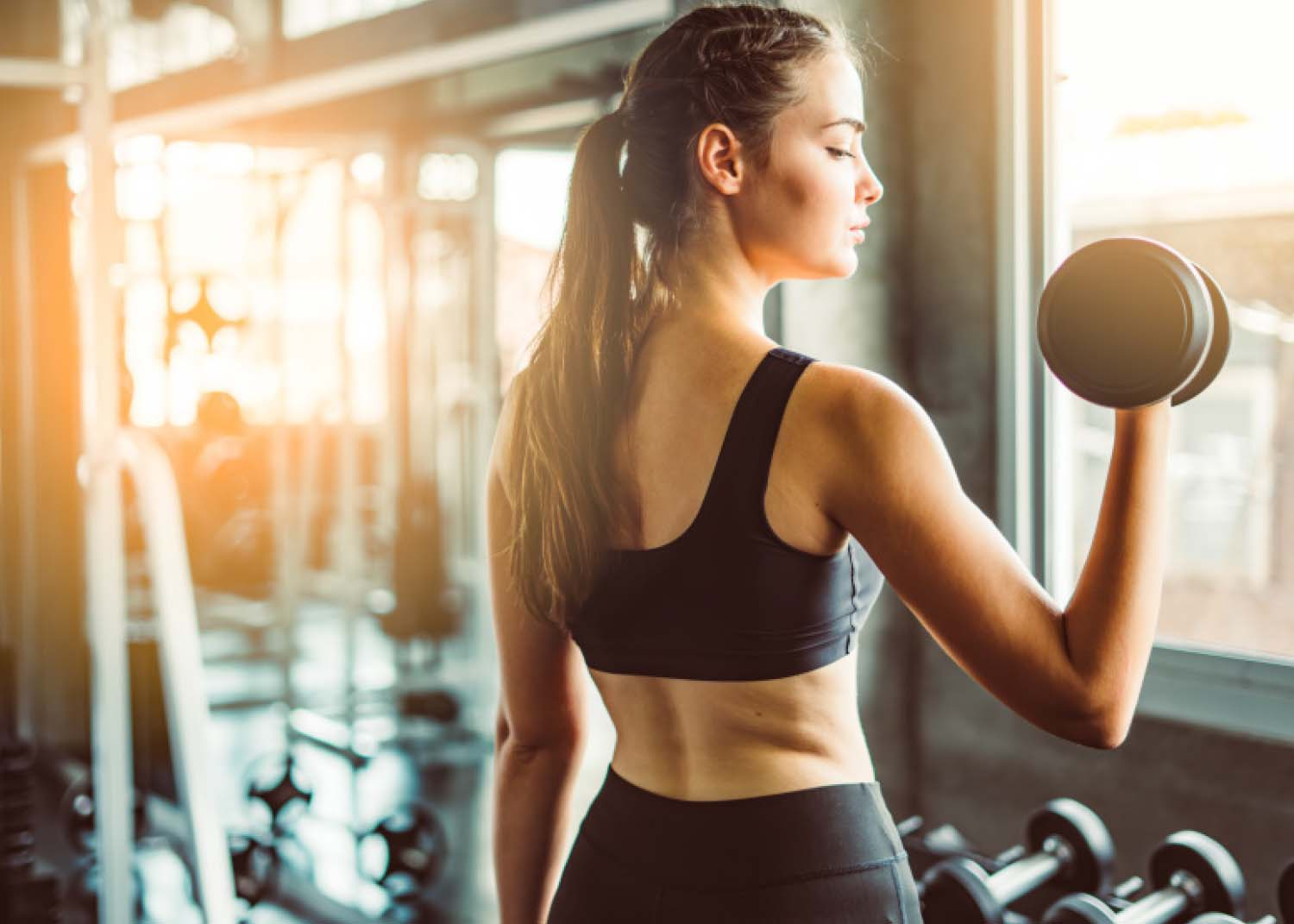 Envisagym Personal Training Gym Ranelagh Dublin From €139 Per Month Sustainable Weight Loss Girl With Dumbbell